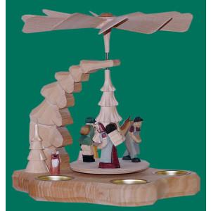 Wandpyramide mit Erzgebirgsfiguren natur