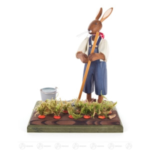 Ostern & Frühjahr Hase mit Möhrenfeld Breite x Höhe x Tiefe 13 cmx16,5 cmx11 cm NEU