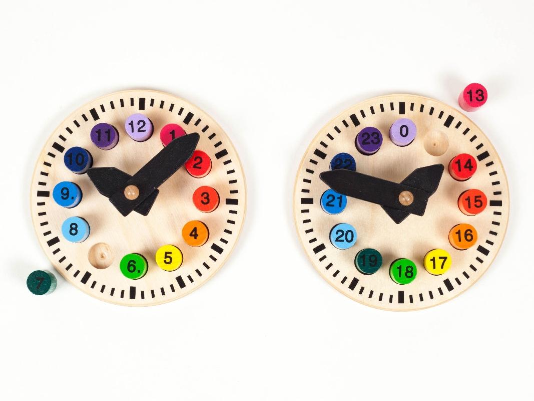 Holzspielzeug Lehruhr klein mit 2 Seiten Ø 15cm NEU