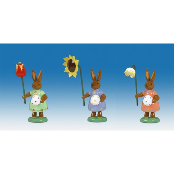 Osterhasen Hasen mit Ei und Blume 3-teilig Höhe ca 7,5 cm NEU