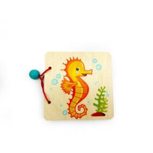 Holzspielzeug Bilderbuch Seepferdchen BxLxH 110x15x90mm NEU